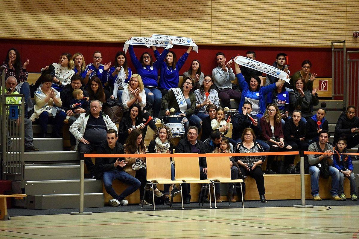 Les supporters du Racing savourent la qualification de leur équipe. Le public a répondu présent lors de ces demi-finales de Coupe de Luxembourg.
