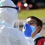 """França """"perdeu o controlo da epidemia"""", alertam médicos"""