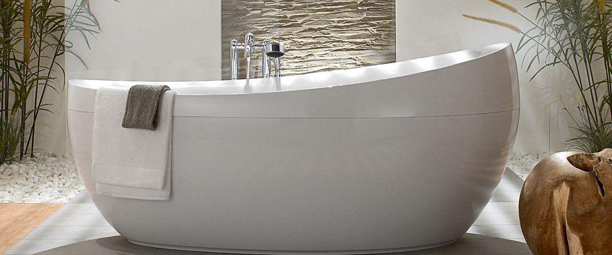 Für das Badezimmer eignen sich Farben und Materialien, die dem Erdelement entsprechen. Beige- und Cremetöne sowie Holz passen gut, aber auch dezent eingesetztes Grün ist erlaubt.