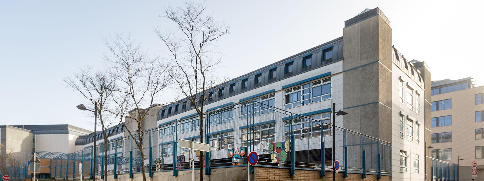In der Opposition bemängelt man, dass die Schule in der Rue du Commerce stigmatisiert wird.