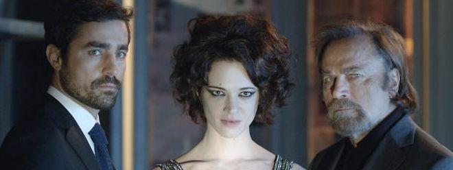 """Quando a francesa Fanny Ardant dirige uma paleta de grandes actores europeus, o resultado chama-se """"Cadências Obstinadas"""""""