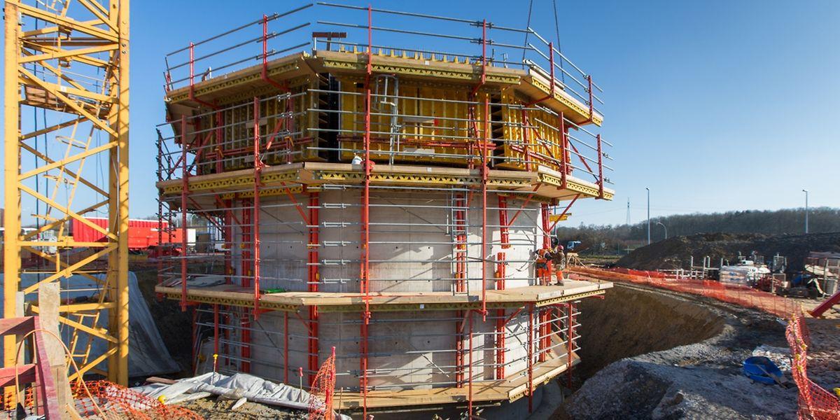 Der neue Wasserturm wird späterhin rund 60 Meter hoch sein - und wird damit der höchste des Landes.