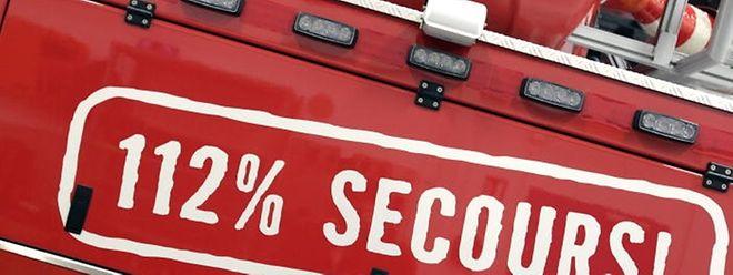Auf dem Boulevard Raiffeisen in Luxemburg-Stadt hat sich am Mittwochabend ein Fahrzeug überschlagen - dabei wurden vier Personen verletzt.