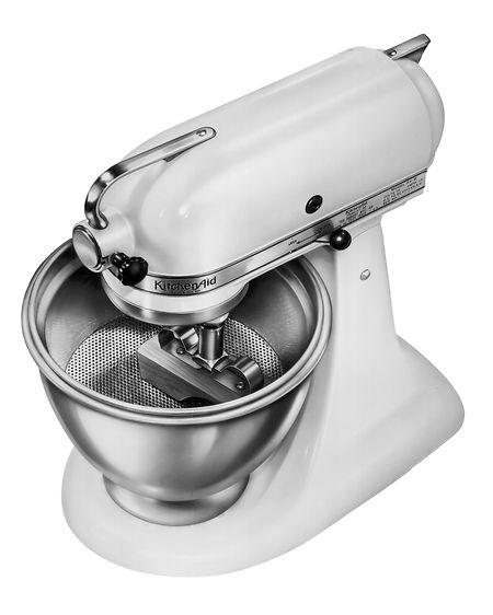Le robot KitchenAid en 1940 arbore déjà le look que l'on connaît aujourd'hui