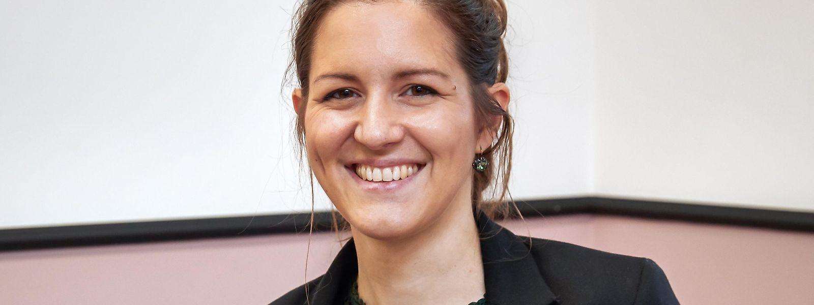 """Die Biologin Anna Monzel vom """"Luxembourg Centre for Systems Biomedicine"""" (LCSB) wurde als Nachwuchsforscherin ausgezeichnet für ihre Parkinsonforschung mithilfe von Hirnorganoiden, die Tierversuche überflüssig zu machen versprechen."""