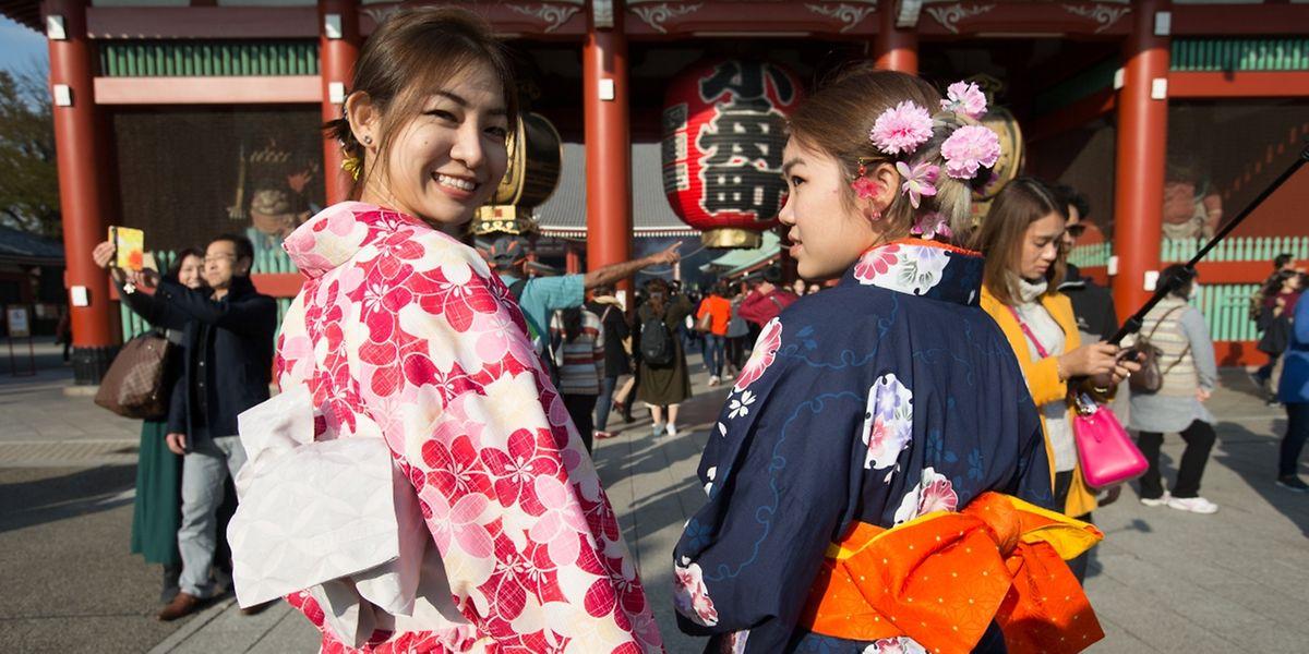 Japan ist ein Land voller Kontraste und Nuancen. Wer sich hier beruflich behaupten will, muss auch die non-verbale Kommunikation verstehen.
