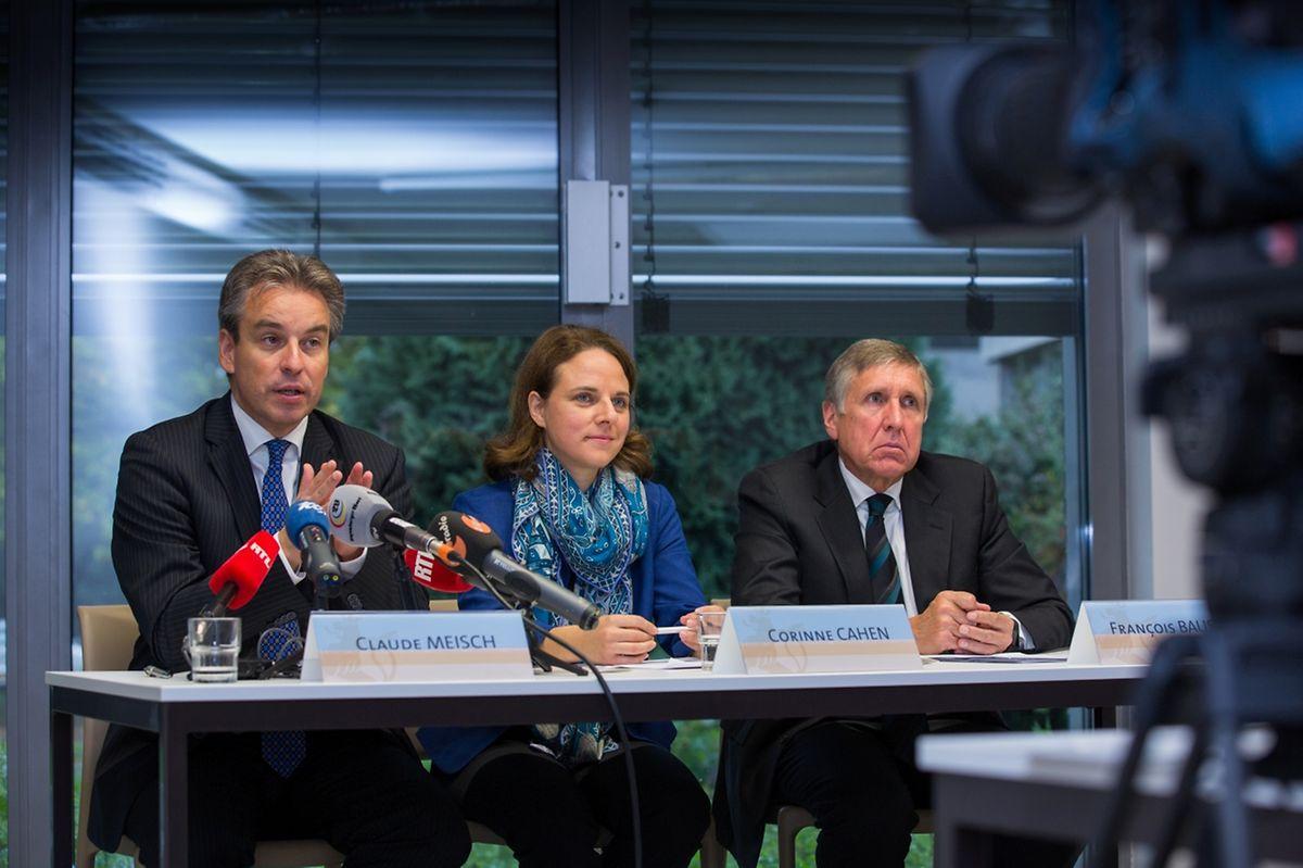 Dans l'ordre, Claude Meisch, ministre de l'Education nationale, Corinne Cahen, ministre de l'Intégration, et François Bausch, ministre des Infrastructures, ont dressé, mardi matin au Foyer pour réfugiés Lily Unden à Luxembourg, un état des lieux sur l'accueil des réfugiés au Grand-Duché.