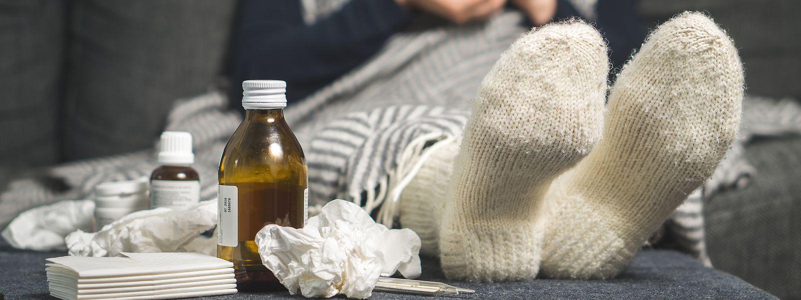 Un malade de la grippe est contagieux pendant une période moyenne de six jours, compris avant que les symptômes apparaissent.