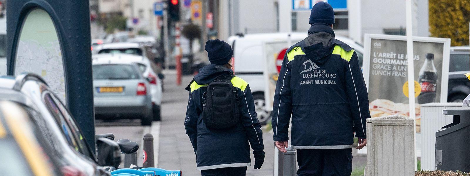 Die bisherigen Kompetenzen der Agents municipaux sollen um die Verfolgung von Ordnungswidrigkeiten, die nicht direkt den Einsatz der Polizei erfordern, erweitert werden.