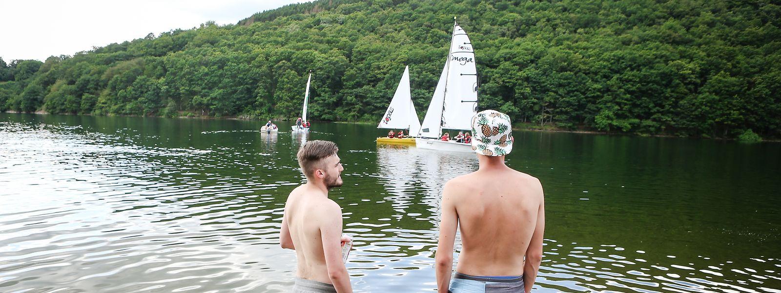 Wenn Schwimmer am Obersauer-Stau einfache Verhaltensregeln beachten, nimmt der Tag am See auch sicher kein böses Ende.