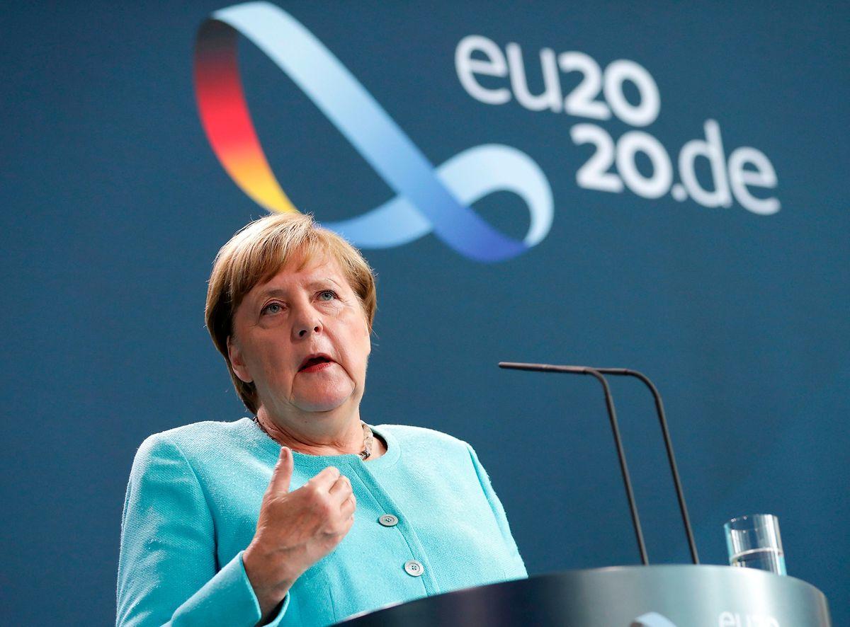 La chancelière allemande Angela Merkel a déclaré que le peuple biélorusse devait «trouver sa propre voie»