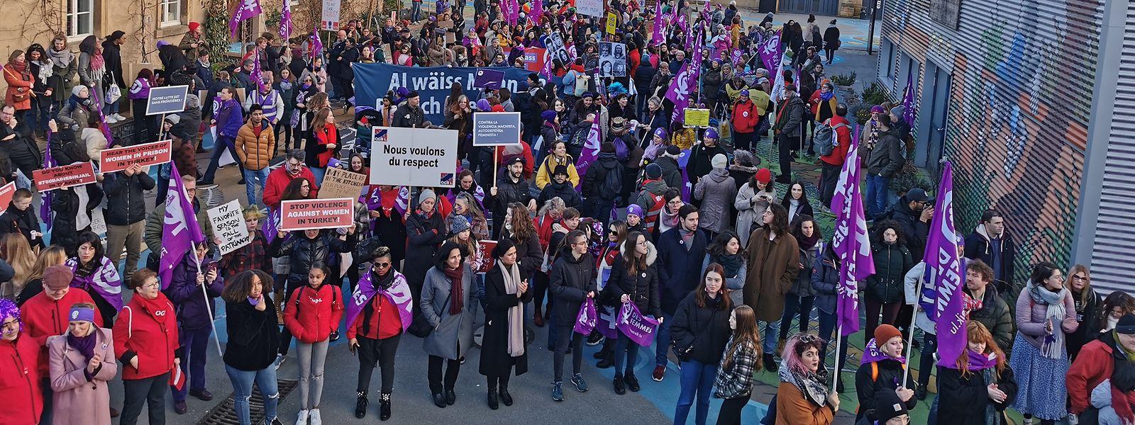Am ersten Frauenstreik in Luxemburg hatten sich am 7. März 2020 zahlreiche Demonstranten beteiligt.