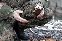 Lokales- reportage iwert den déminage vun der Arméi - SEDAL- Service de Déminage de l'Armée Luxembourgeoise, Waffe, Minenräumung, Armée, soldat,  foto: Chris Karaba/Luxemburger Wort