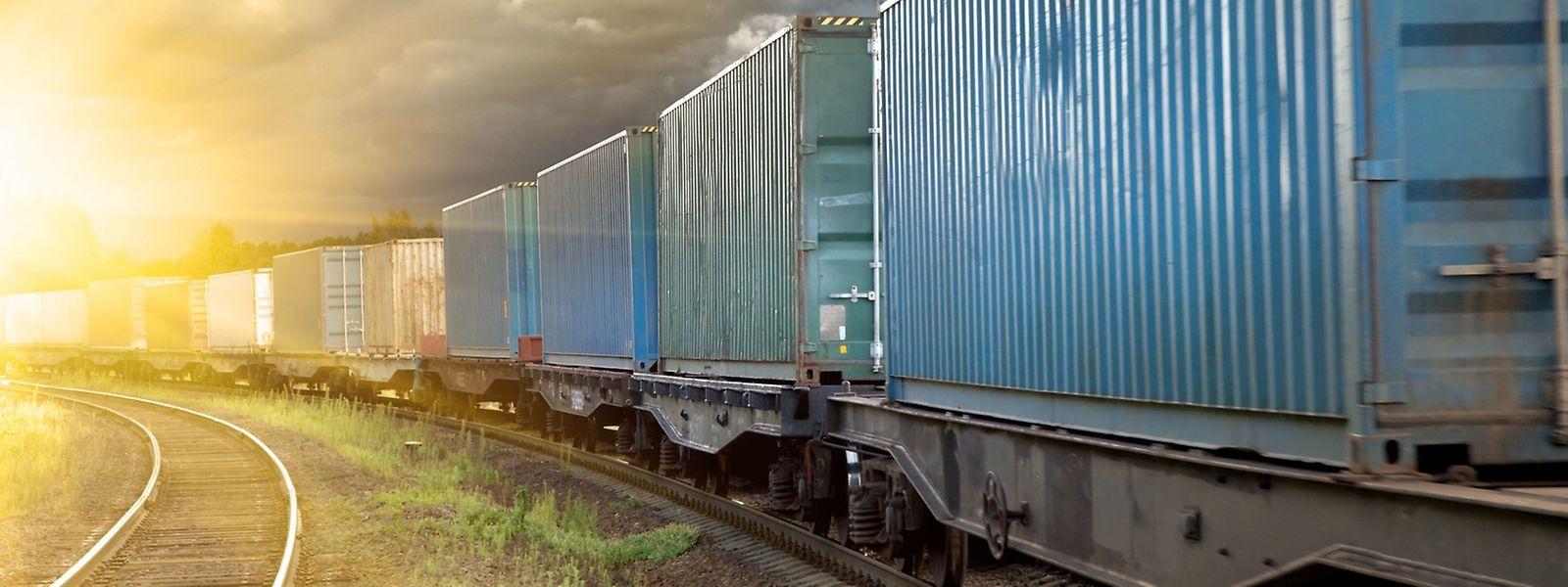Für die rund 10000 Kilometer lange Strecke von Zhengzhou bis nach Mitteleuropa benötigen die Güterzüge in der Regel gut zwei Wochen.