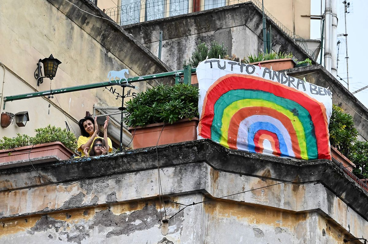 Über den Dächern von Rom und anderen Städten Italiens: Musik ist in der Luft.