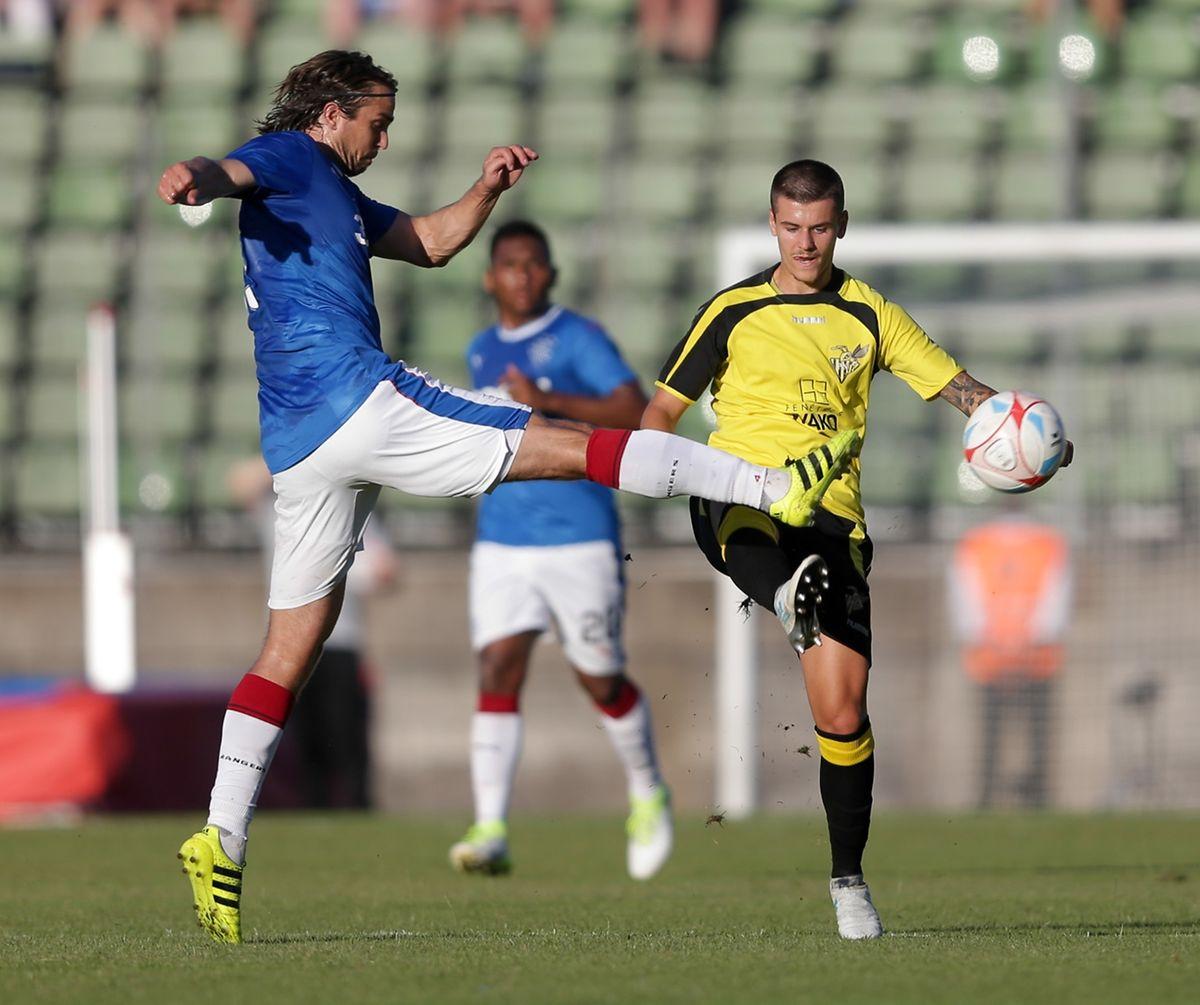 Olivier Thill face à Niko Kranjcar.