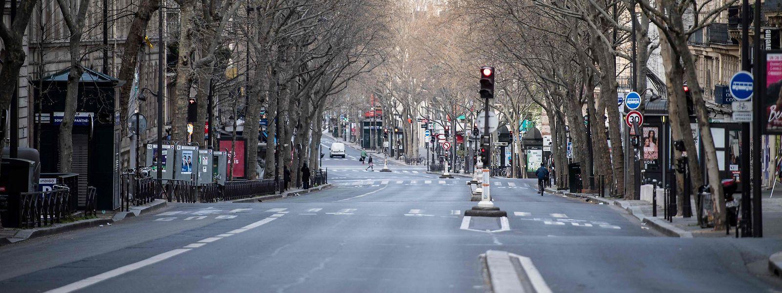Der Boulevard St. Michel - so ruhig ging es auf den Straßen der französischen Hauptstadt schon seint Ewigkeiten nicht mehr zu.