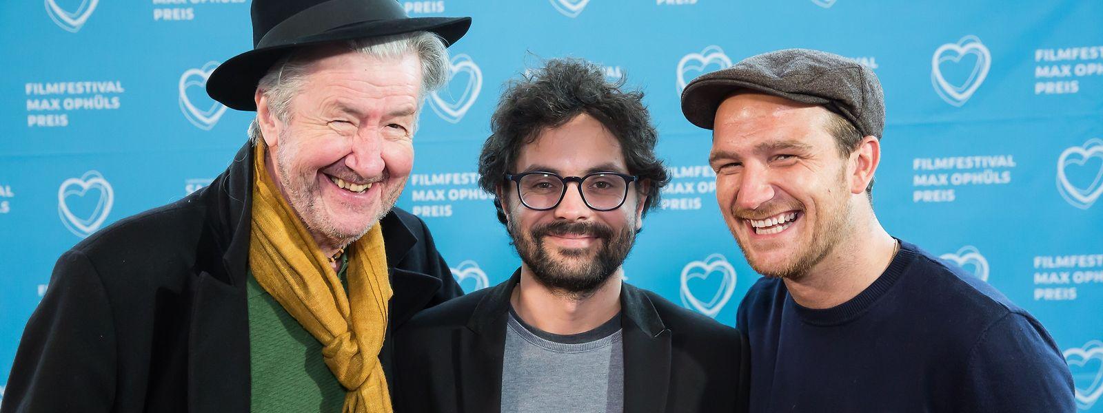 """""""Gutland""""-Regisseur Govinda van Maele (M.) reiste unter anderem mit seinen Darstellern Frederick Lau (r.) und Marco Lorenzini nach Saarbrücken an."""
