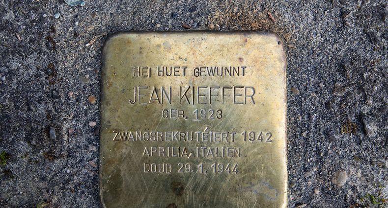 Jean Kieffer war ein Zwangsrekrutierter aus Junglinster. Er fiel mit 21 Jahren in einer Schlacht nahe Rom.
