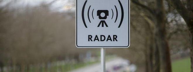 Suite à la mise en place des radars sur les routes, les délits de grande vitesse ont baissé et sont passés de 1.069 en 2016 à 853 l'année dernière.