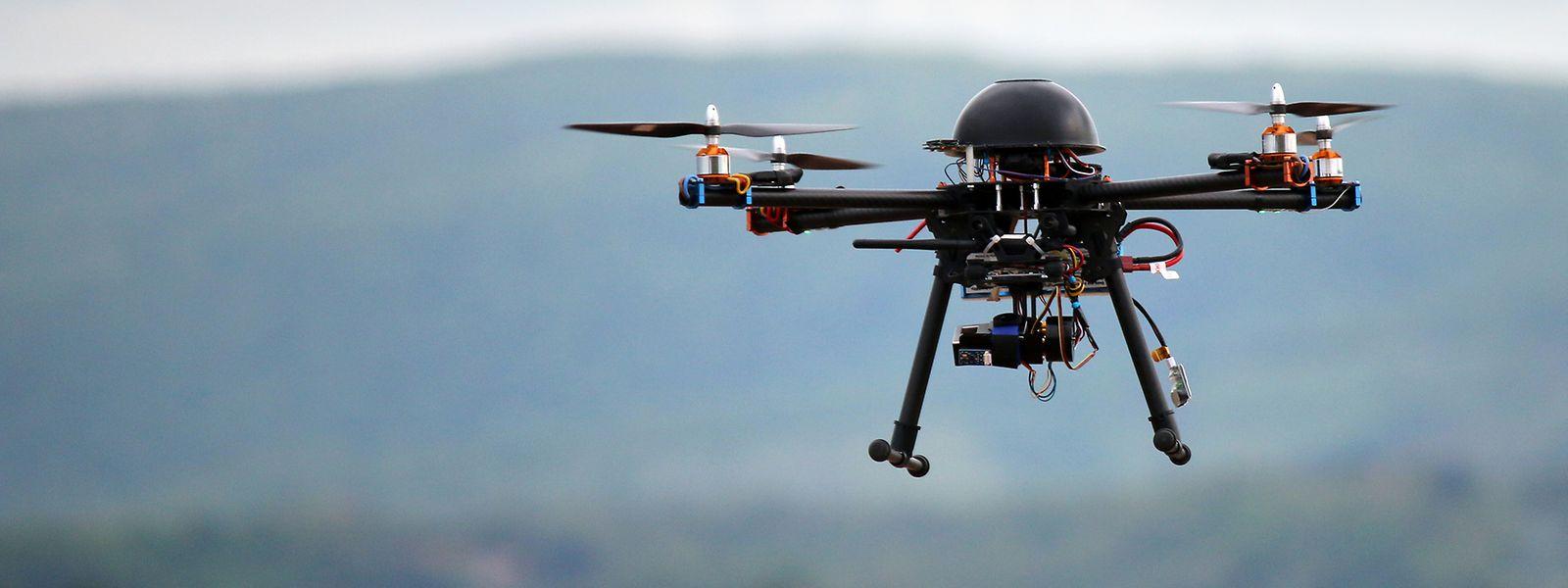 Pour des «raisons stratégiques», le porte-parole de la police ne révélera pas le nombre exact de drones opérationnels mais assure qu'il y en a «plusieurs».
