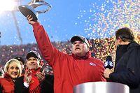 Andy Reid feiert den Einzug in den Super Bowl.