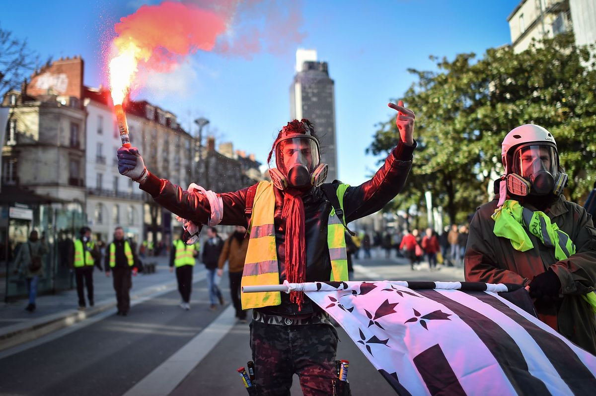 "Auch in Nantes demonstrierten ""Gilets jaunes""."