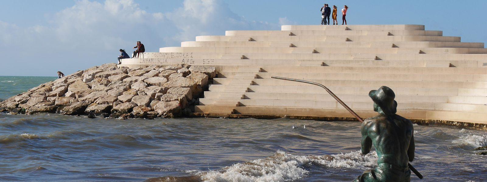 Noch ist es an der Uferpromenade in Durres (Albanien) ruhig. Das soll sich mit dem Ausbau der touristischen Infrastruktur demnächst ändern.