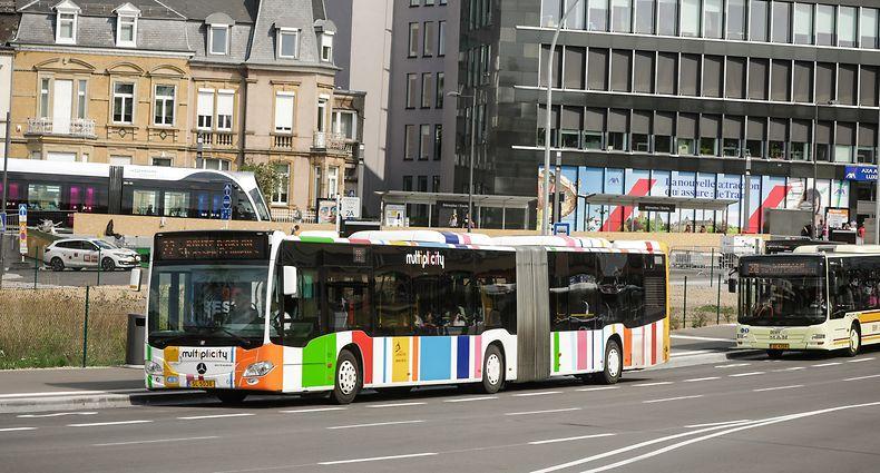Ein positiver Effekt der Retortenstadt am West-Tor: Die Busse werden von der Oberfläche der Stäreplaz verschwunden sein  - dem unterirdischen Busbahnhof sein Dank.