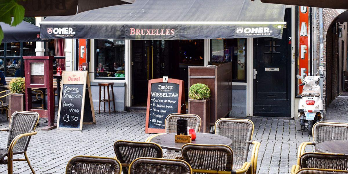La fermeture de tous les bars et restaurants des 19 communes bruxelloises est prévue jusqu'au 8 novembre