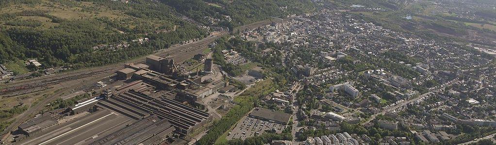 Das Schifflinger Werk (hier 2012 abgelichtet) befindet sich zum Großteil auf Escher Territorium. Es grenzt nicht nur an Lallingen, sondern zieht sich bis zum Stadtzentrum hin.
