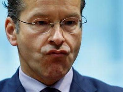 Eurogruppenchef Jeroen Dijsselbloem gerät nach seinen abfälligen Äußerungen über südeuropäische Mitgliedstaaten immer mehr unter Druck.