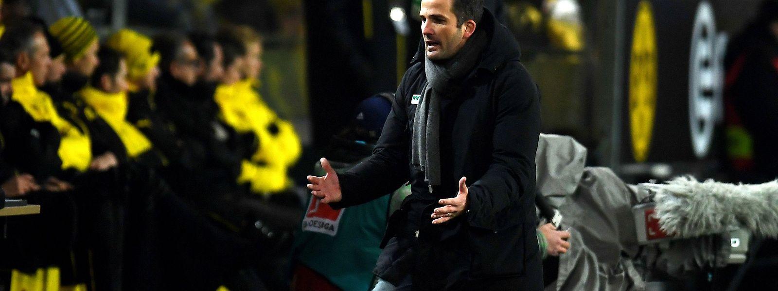 Manuel Baum bleibt beim FC Augsburg.