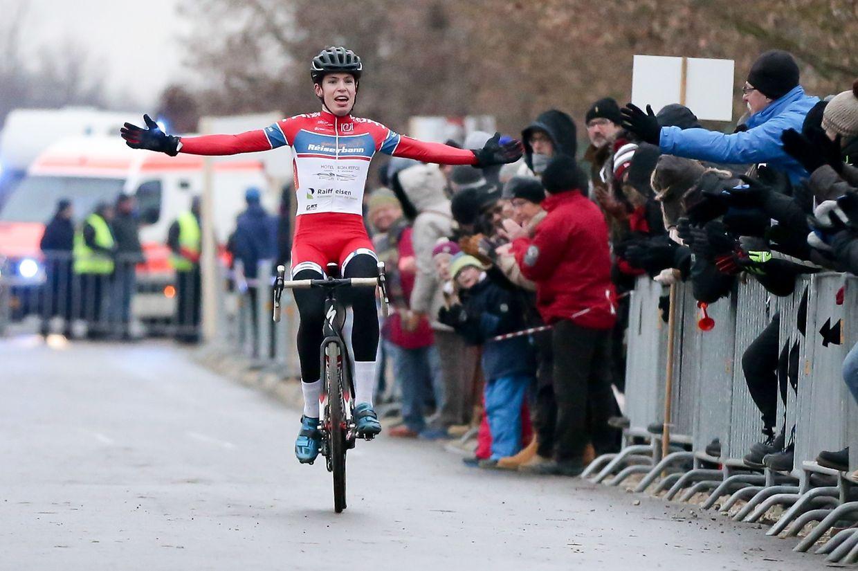 Radfahrer Scott Thiltges (LG Alzingen) hat für den Höhepunkt des Luxemburger Sportwochenendes gesorgt. Der 24-Jährige siegte bei den nationalen Cyclocross-Meisterschaften in Remerschen.