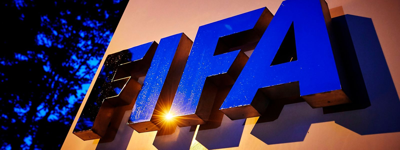 Bei den WM-Vergaben der FIFA ist wohl erneut nicht alles mit rechten Dingen zugegangen.