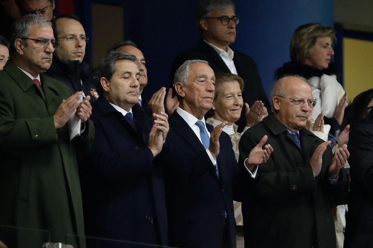 O Presidente da República Portuguesa, Marcelo Rebelo de Sousa, o Ministro dos Negócios Estrangeiros, Augusto Santos Silva, e o Presidente da Federação Portuguesa de Futebol, Fernando Gomes, marcaram presença no Portugal - Estados Unidos.