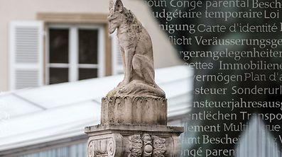 Renert, symbole pour la langue luxembourgeoise. Place Guillaume, Bierger-Center. Photo: Guy Wolff