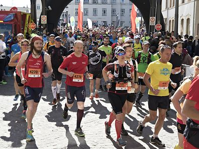 Start 34km / Leichtathletik, DKV Urban Trail / 30.04.2017 / Luxemburg / Foto: Christian Kemp