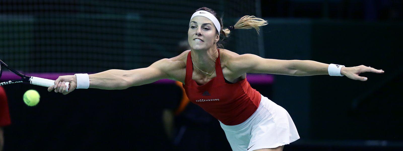 Mandy Minella musste gleich das erste Match über zweieinhalb Stunden bestreiten.