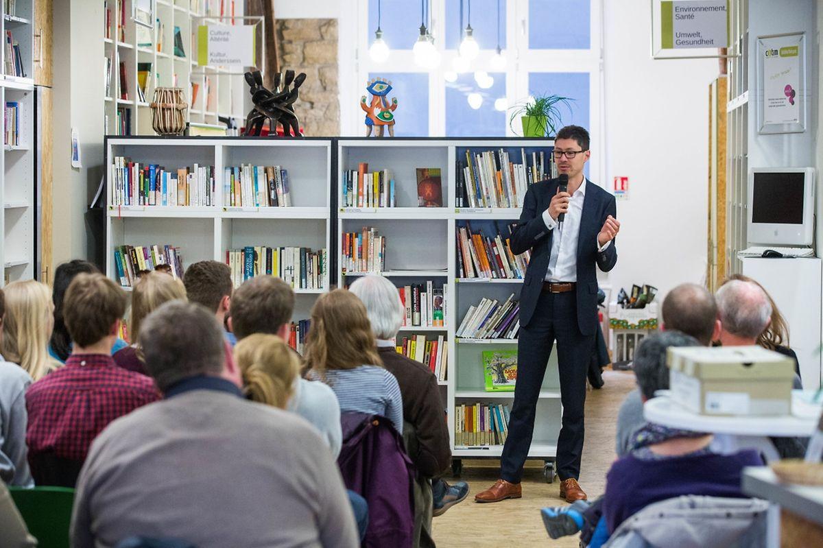 Der Steuerexperte von Oxfam, Francis Weyzig, sieht den Kampf gegen Steuervermeidung optimistisch.