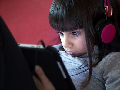 The study looked at 115 children, ages 4-10, all due to undergo surgery. The effects of midazolam, a common sedative, to playing games on a tablet.