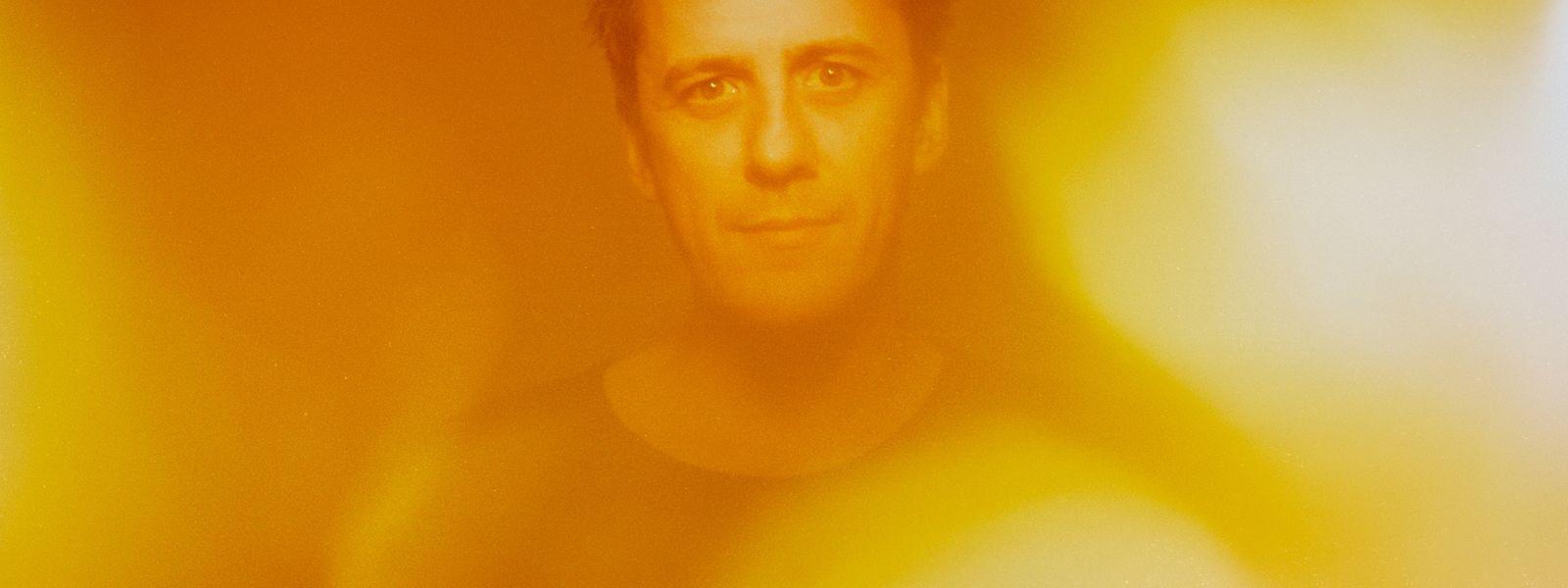 Erleuchtung? Die braucht Pascal Schumacher in diesen Tagen sicher. Aber das Foto entstand als Bildpendant zum Albumtitel Sol.