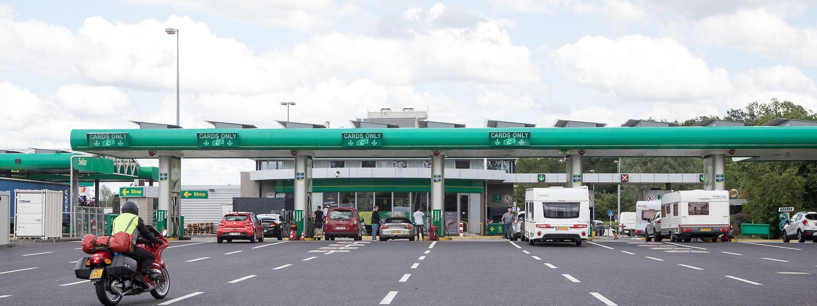 Die beiden einzigen Tankstellen, die in Mamer von einer kommunalen Gebühr betroffen wären, sind die der Aire de Capellen. Andere gibt es auf dem Gemeindegebiet nicht.