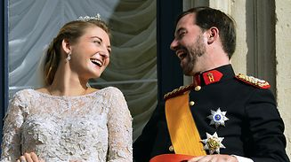 Prince Guillaume, hereditary Grand-Duke of Luxembourg and Belgian Countess Stephanie de Lannoy smile on the balcony of the Grand-Ducal palace after their religious marriage on October 20, 2012, in Luxembourg. Crowned heads of Europe and ordinary citizens gathered for Luxembourg's biggest royal event in decades to see heir-to-the-throne Prince Guillaume wed Belgian countess Stephanie de Lannoy. AFP PHOTO/BELGA/BENOIT DOPPAGNE -BELGIUM OUT-