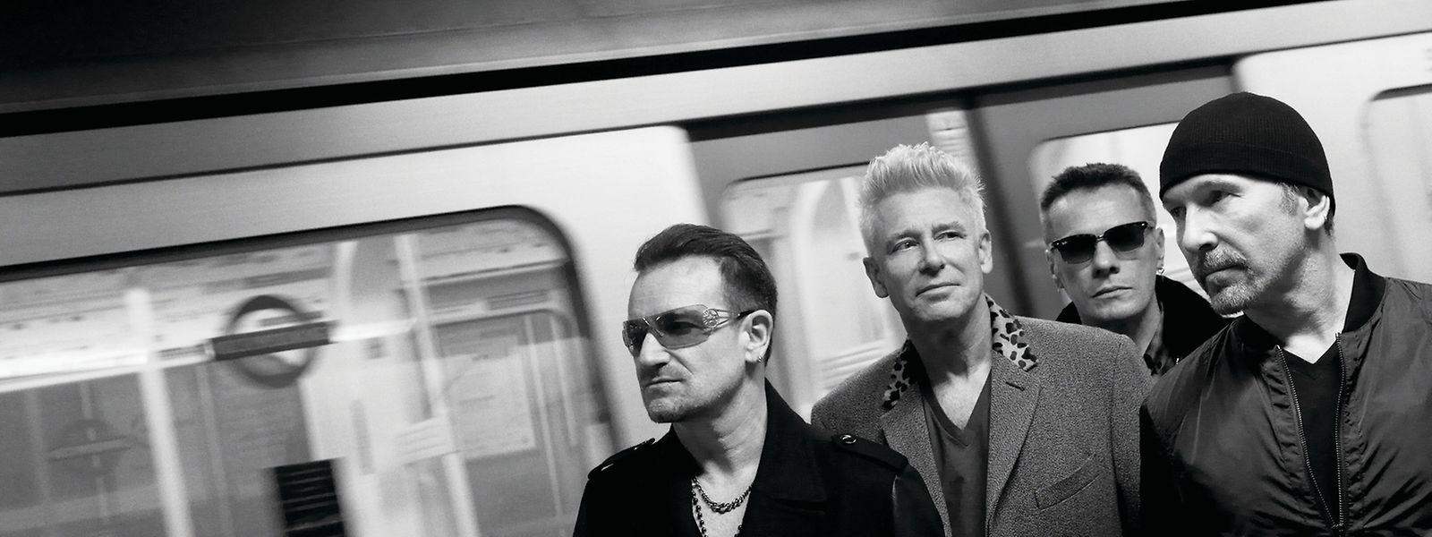"""Die ewigen Stationrocker U2 planen neben einem Album eine große Tour zu Ehren von 30 Jahren """"The Joshua Tree""""."""