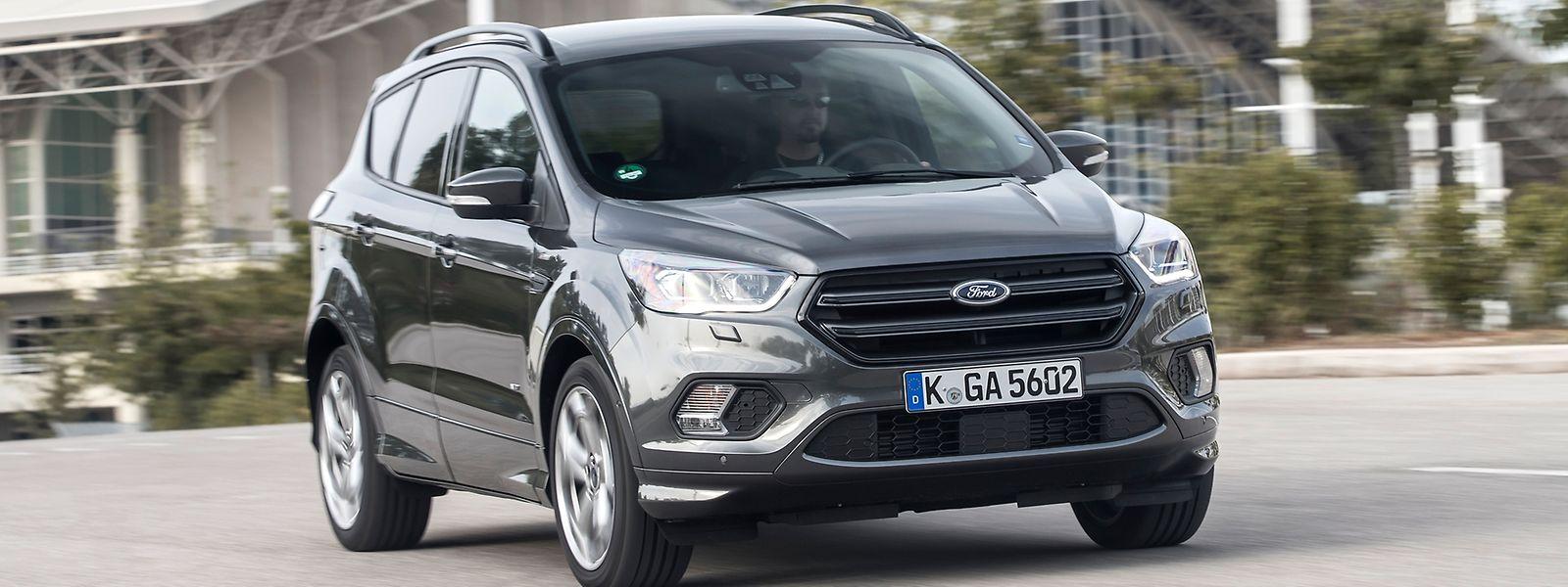 Auch wenn eine Fahrt abseits befestigter Wege kein Problem für den Ford Kuga darstellt, so ist das erneuerte Mittelklasse-SUV dennoch in erster Linie für den Alltag konzipiert worden.