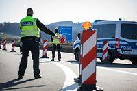 Comme ici à Schengen, l'Allemagne a renforcé les contrôles des entrées sur son territoire.