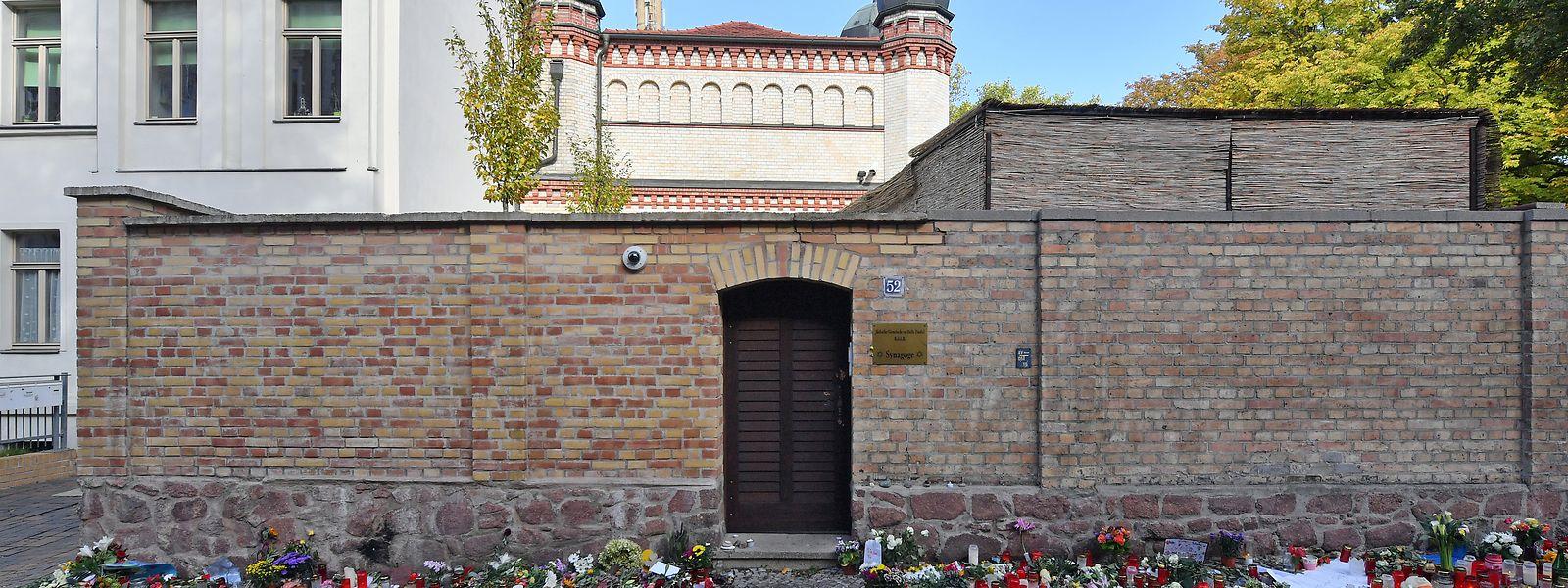 Der Attentäter wollte in der Synagoge von Halle ein Massaker anrichten, scheiterte aber an der Tür.