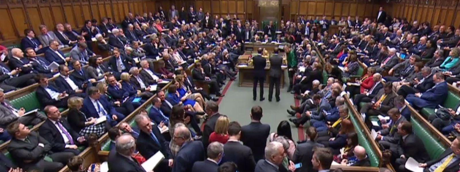 Das britische Unterhaus stimmte dafür, den Brexit frühestens Ende Juni zu vollziehen. Ursprüngliches Stichdatum war der 29. März.
