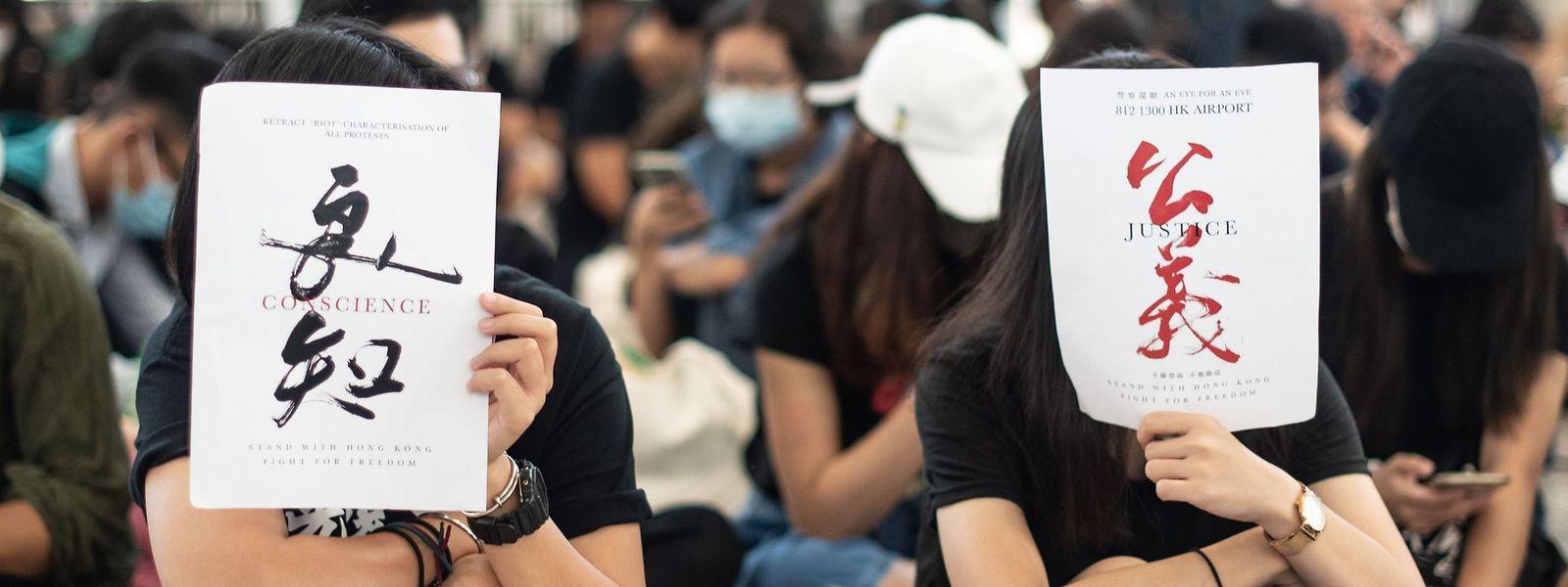 Les tensions et violences observées ces dernières semaines à Hong Kong constituent la plus importante crise politique de l'ancienne colonie britannique depuis 1997.
